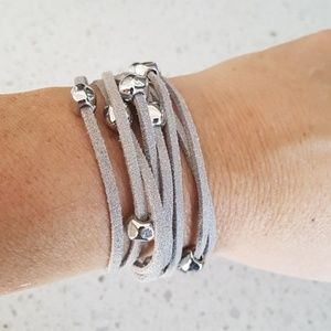 Jewelry - Leather bracelet silver color adjustable 2 levels